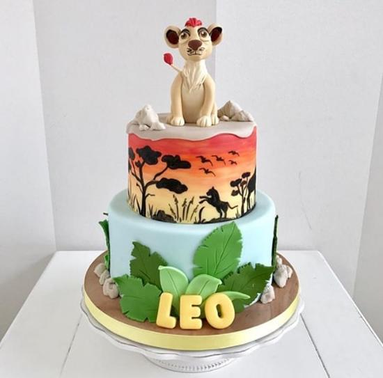 Lindo bolo Rei Leão