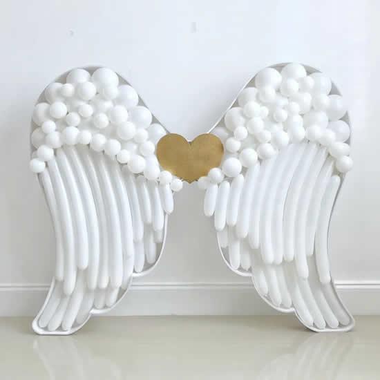 Asas de anjo com balões
