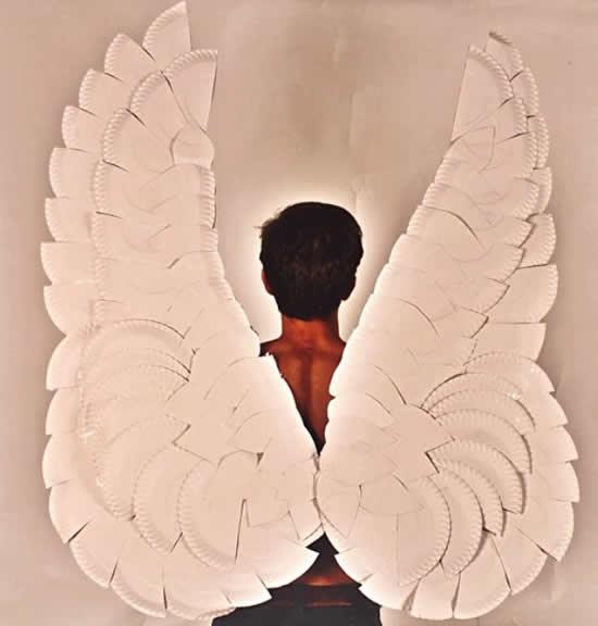 Asas de anjo para fazer com reciclagem