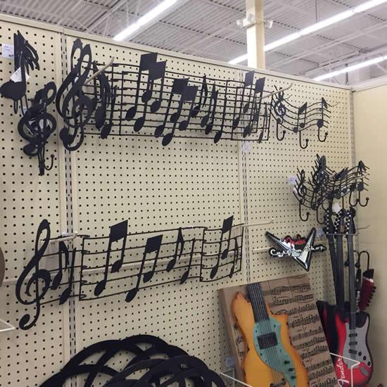 Enfeite com notas musicais