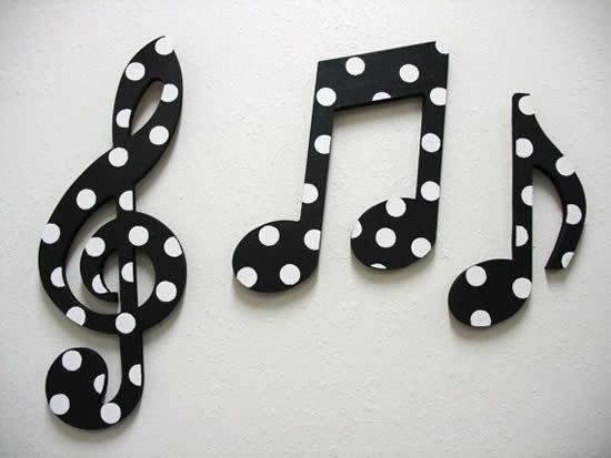 Artesanato com notas musicais