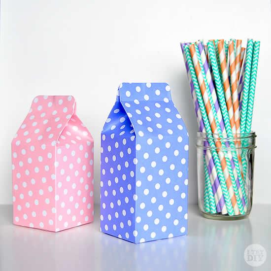 Lembrancinha milk com papel e moldes