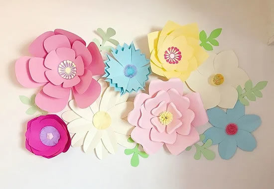 Flores de papel decorativas