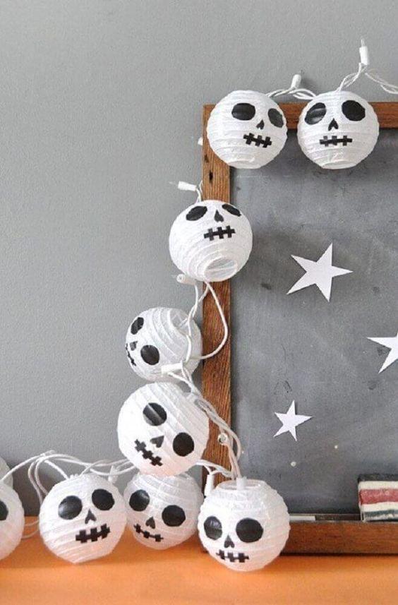 Como fazer móbile de fantasminhas para Dia das Bruxas