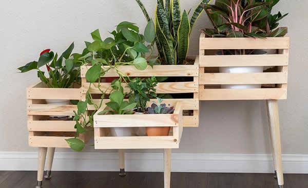 Decoração linda com caixote de madeira