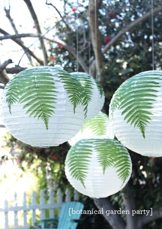 lanterna japonesa com folhas