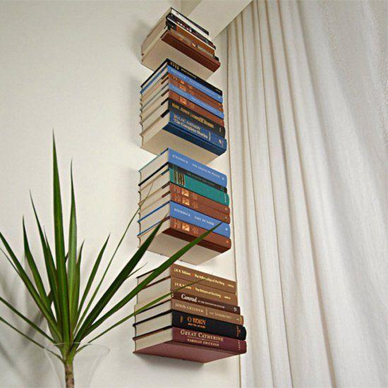 Estante de livros flutuante (