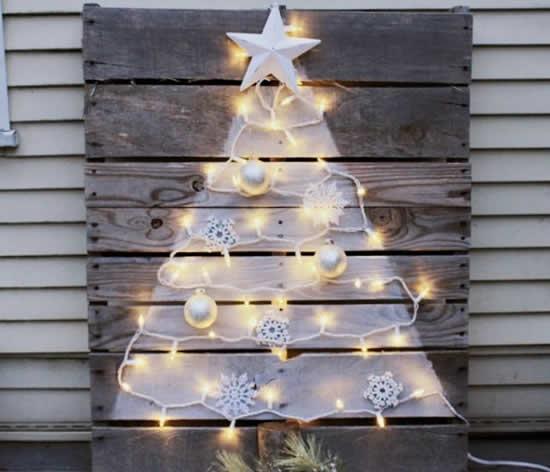 Árvores de Natal com pallets
