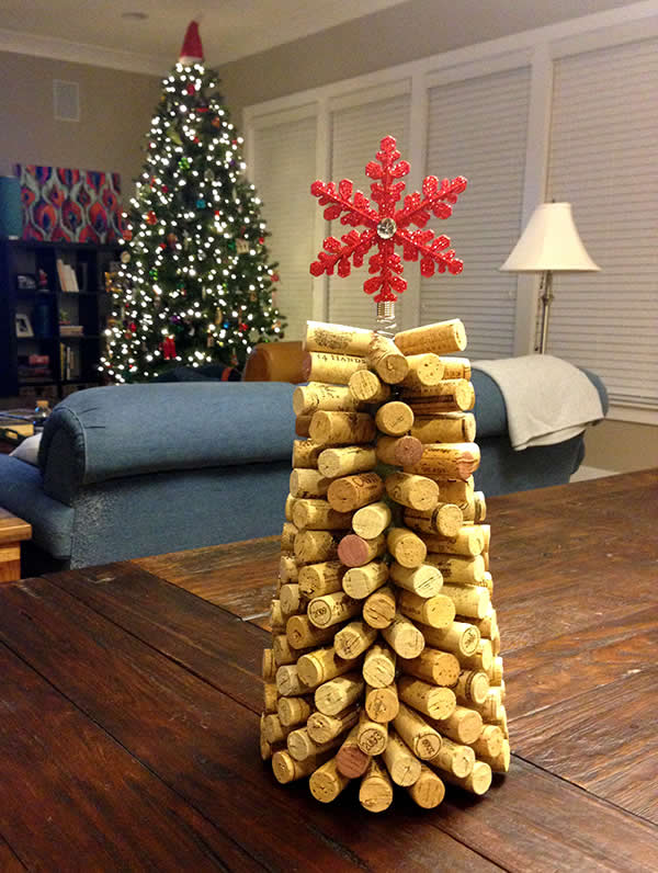 Decoração de Natal com rolhas