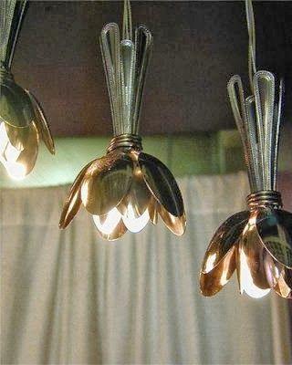luzes com talheres