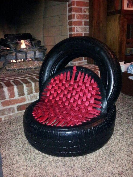 puff de pneu com fitas de nylon
