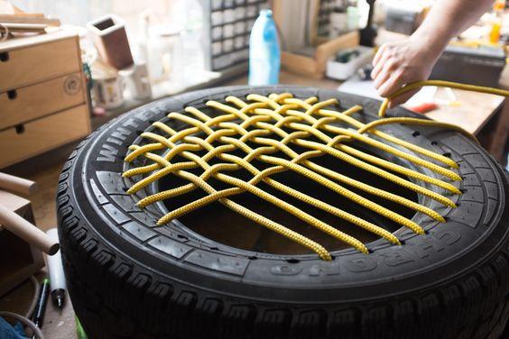 puff de pneu com cordas trançadas