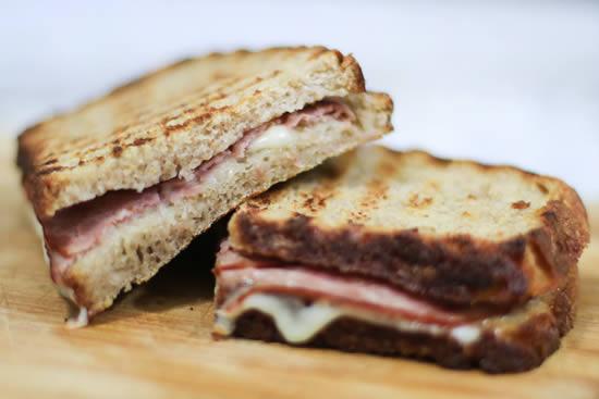 Sanduíche para fazer na sanduicheira