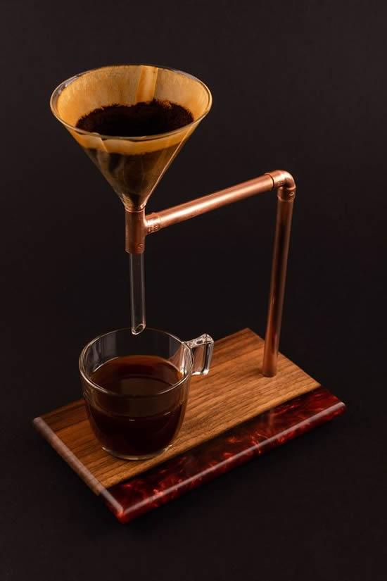 coador de cafe com cano
