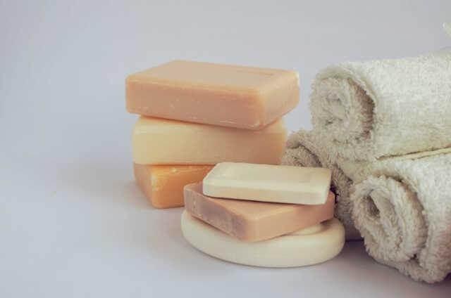 Como fazer shampoo sólido