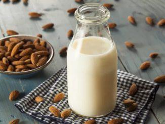 como fazer leite de amêndoas em casa