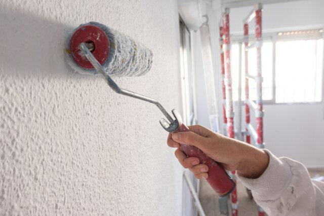 como fazer textura rolada na parede